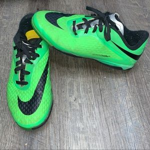 NIKE YOUTH 2 HYPERVENOM PHELON INDOOR SOCCER SHOES